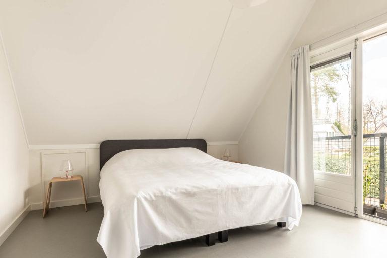 Woudstee Cornelia slaapkamer comfort met boxspring bedden en balkon