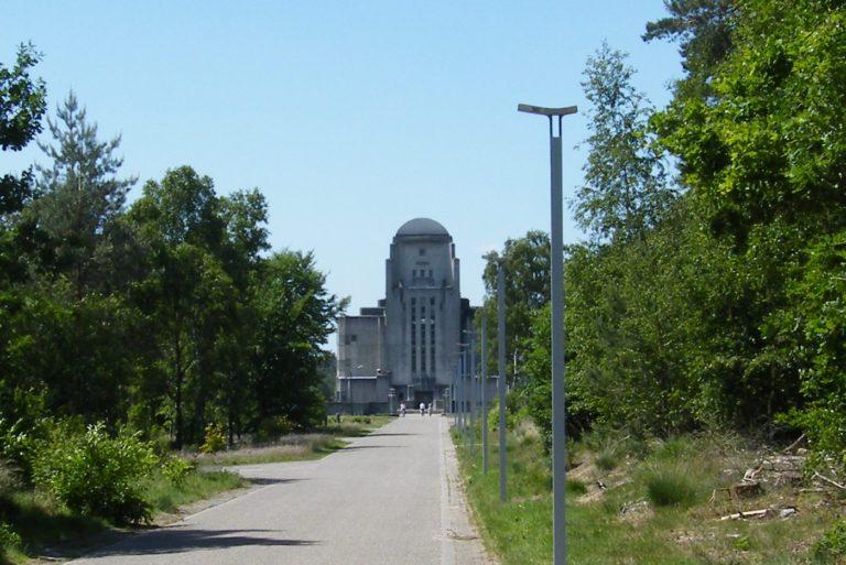 Bezoek Radio Kootwijk tijdens je vakantie bij WoudStee